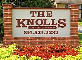 The Knolls Townhomes - Saint Louis