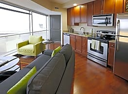 The Residences At Keystone Crossing - Indianapolis