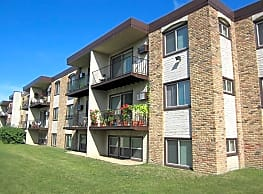 Crystal Village Apartments - Crystal
