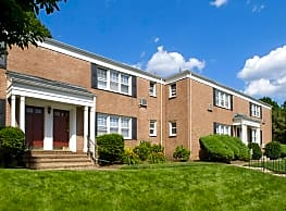 Berkeley Square Apartments - Suffern