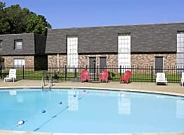 Stratford Manor Apartments - Meridian