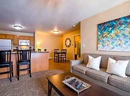 Polo Club Apartments - West Des Moines