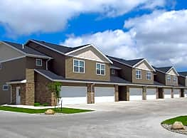 Shadow Wood Townhomes - West Fargo