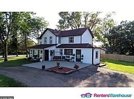 Beautiful 4 Bdrm 2 1/2 Bath Country Home In... - Waterville