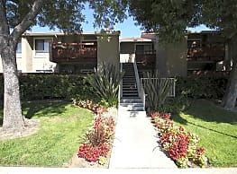 Vista Pointe Apartment Homes - Covina