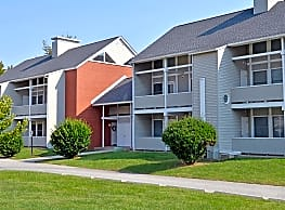 Governors Square Apartments - Dover