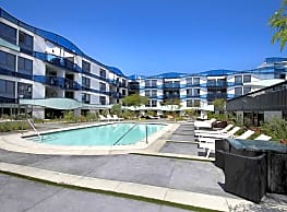 Waves MDR Apartments - Marina Del Rey