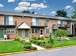 Jamestown Square Apartments - Blackwood