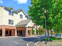 The Horizons at Franklin Lakes Apartment Homes - Franklin Lakes