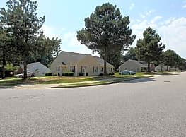 Candlewood Apartments - Clayton