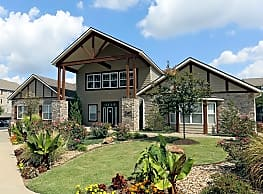 Mountain Ranch Apartments - Fayetteville