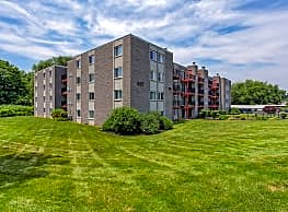 Elms Common Apartments - Rocky Hill