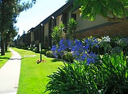 Pine Villa Apartments - Redlands
