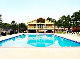 Country Club Apartments - Charlotte