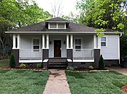 Newly Renovated 3 Bedroom 2 bath Home - Charlotte