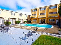 Regency Townhouses - Vallejo
