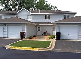 Valley Side Townhomes - Willmar