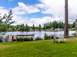 Lakeview Village Waterfront Apartments - Lacey