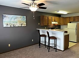 Danbury Apartments - Fargo