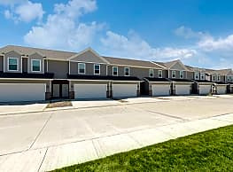 Twin Gates Townhomes - Ankeny