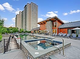 The Grand Cherry Hill Apartment Homes - Cherry Hill