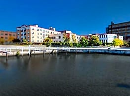 Belle Harbor Lofts - Racine