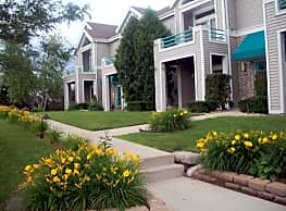 Blueberry Hill Apartments - Madison