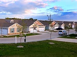 The Lakes of Ridgecrest by Redwood - North Ridgeville