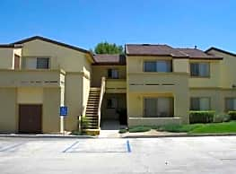 Desert Heights Apartments - Barstow