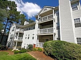 Wood Pointe Apartments - Marietta
