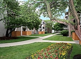 The Colony Apartments - Mount Prospect