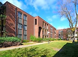Westview Park Apartment Community - West Saint Paul