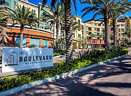 The Boulevard Apartments - Woodland Hills