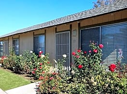 Stine Country Apartments - Bakersfield