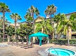 Palm Island Senior Living - Fountain Valley