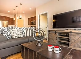 Stone Creek Apartments - Grand Forks
