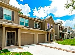 The Townhomes Of Woodgate - Conroe