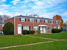 Evergreen Townhouse Apartments - New Britain