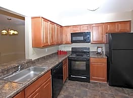 Northampton Apartment Homes - Largo