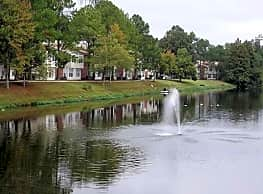 WillowBend Lake Apartment Homes - Baton Rouge