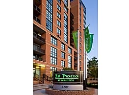 Io Piazza By Windsor - Arlington