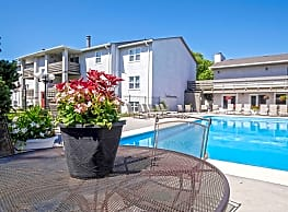 Maple Ridge Apartments - Wichita