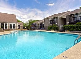 Windsor Park Apartments - Hendersonville