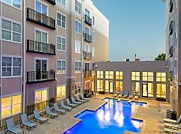 The Standard at Knoxville Apartments - Knoxville
