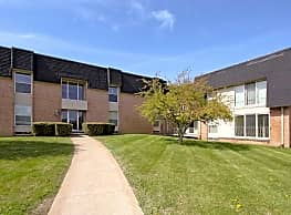 Bedford Square - Rochester Hills