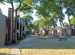 Villas at Tenison Park - Dallas