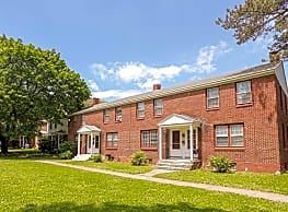 Classic American Townhomes and Apartments - Syracuse