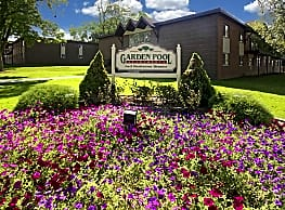 Garden Pool Apartments - West Allis