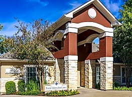 Colonial Village at Sierra Vista - Round Rock