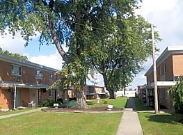 Cedarwood Apartments - Willoughby
